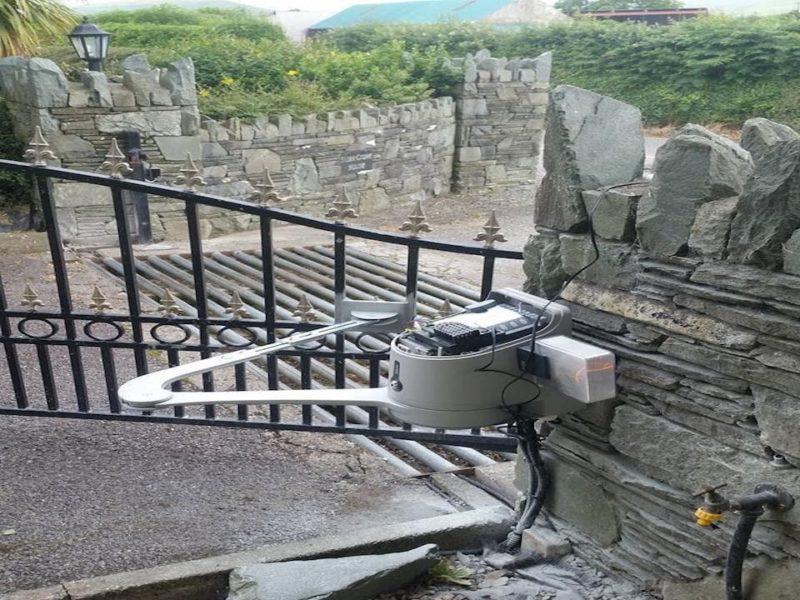 Electric Gate Installation Tralee, Killarney, Killorglin, Caherciveen, Listowel and Dingle
